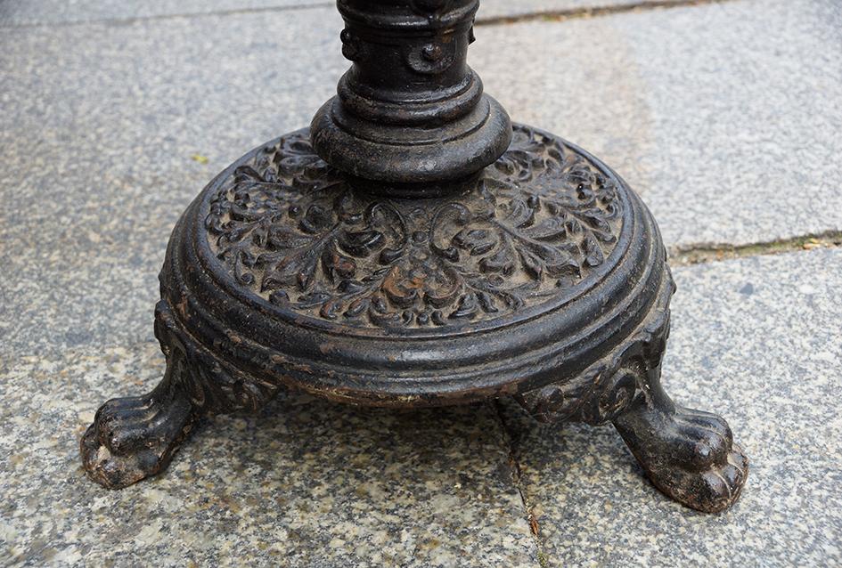 Kleiner bistrotisch gartentisch gr nderzeit um 1870 80 for Kleiner bistrotisch