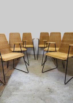6er-Satz Designer Korbstühle mit Armlehnen aus den 1970er Jahren