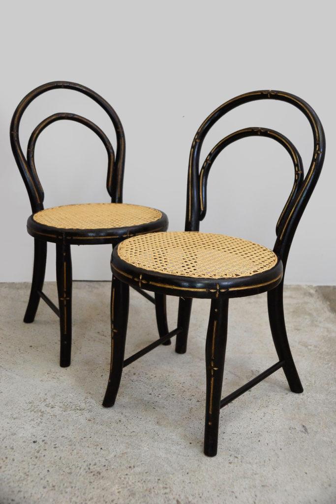 Paar Kinderstühle / Bugholzstühle der Gebrüder Thonet aus Wien um 1880