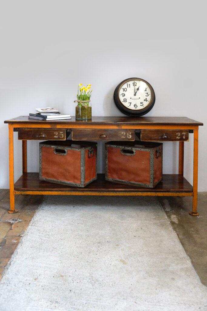 Vintage Industrial Sideboard / Arbeitstisch mit 3 Schubladen