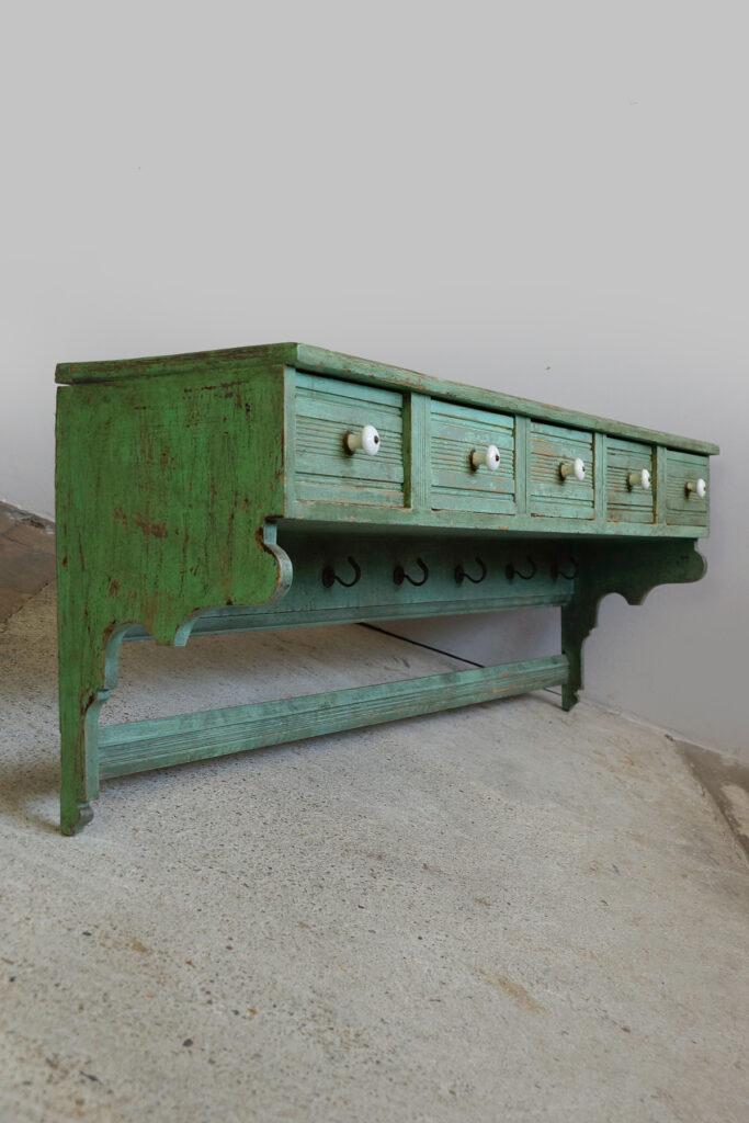 Antikes Küchenwandboard / Hängeregal im Shabby-Look um 1870