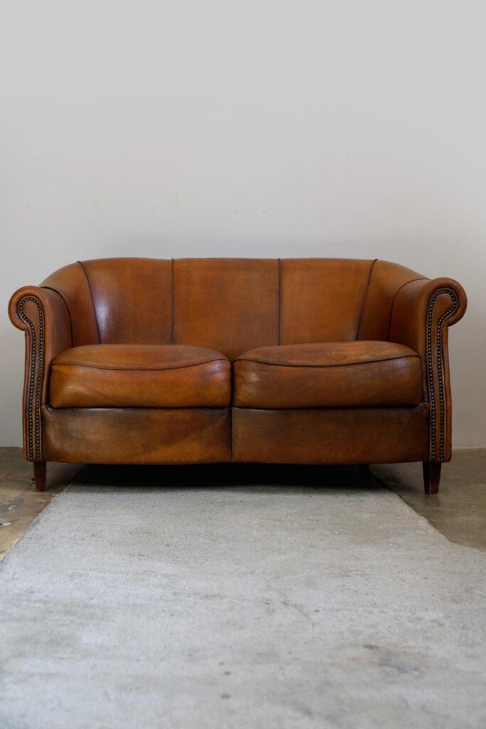 2x Zierliches 2-Sitzer Schafledersofa von Joris, Niederlande, 1980s